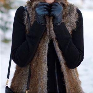 REVUE Women's FAUX FUR VEST Size Medium sleeveless